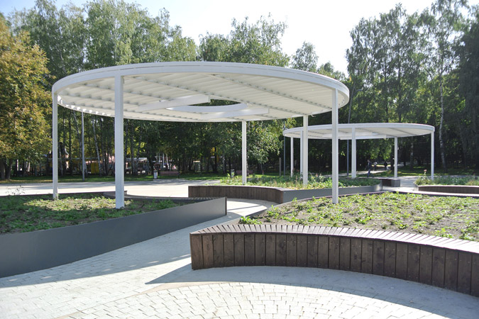 The Meadow | Outdoor public space in Kuzminki park